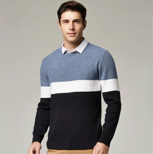 Kemeja Pria Dengan Sweater