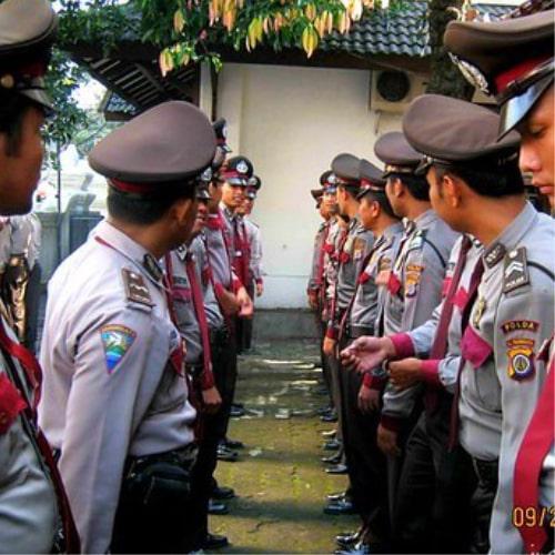 Baju Seragam Polisi 1-min