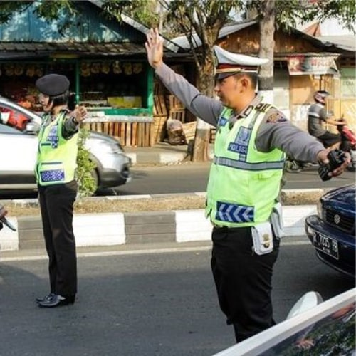 Baju Seragam Polisi 2-min