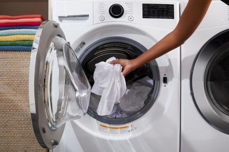 cara mencucia baju putih